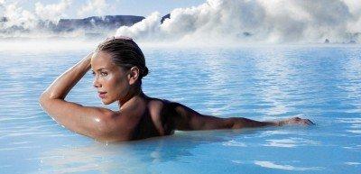 Спа туризм на геотермальном озере Голубая лагуна в Исландиии