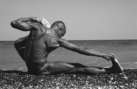 Хатха йога - практика преобразования мышц и сухожилий и промывания костного и головного мозга.