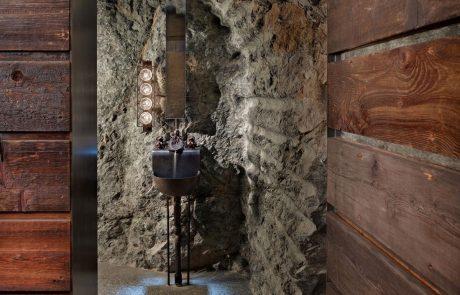 Загородный дом Пьер, ванная комната в камне
