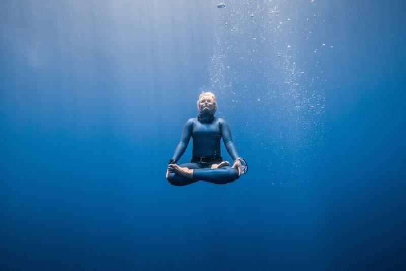 Пранаяма - задержка дыхания (кумбхака) под водой.