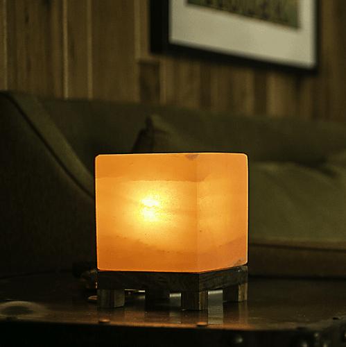 Соляная лампа из гималайской соли SO Well Crystal Cube, Amber