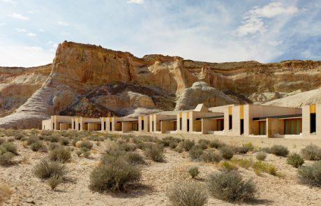 Курорт Amangiri, вид на отель со стороны пустыни