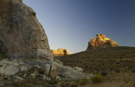 Курорт Amangiri, пустынный пейзаж, столовые горы