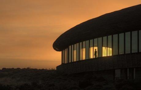 Отель Tierra Patagonia на закате