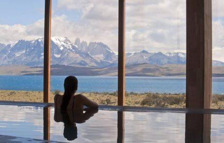 Отель Tierra Patagonia, вид из бассейна