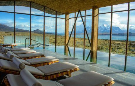 Отель Tierra Patagonia, бассейн