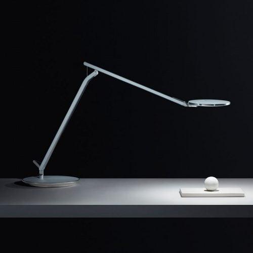 Светодиодная лампа Infinity, освещает теннисный мячик