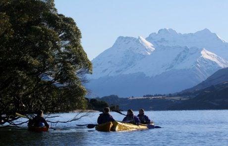 Активный отдых в Новой Зеландии, катание на байдарках