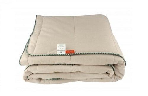 Стеганое одеяло из конопли