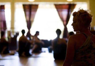 Польза йоги для здоровья - основная причина, почему люди начинают заниматься йогой