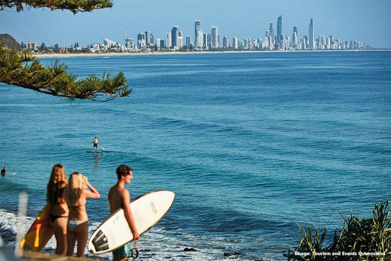 Австралия, пляж и город