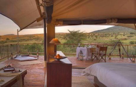 Лагерь Mara Bushtops, вид из палатки, сумерки