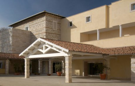 Спа-отель Terme di Saturnia, главный вход