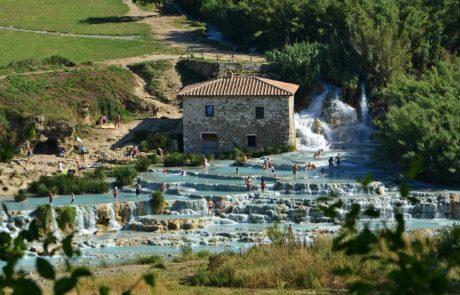 Термальные источники Италии, Cascate del Mulino