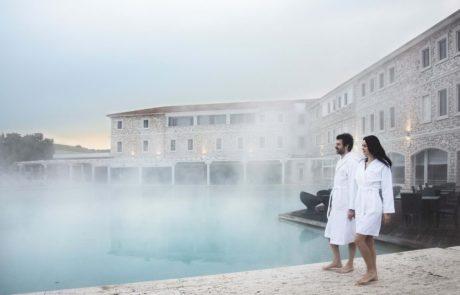 Курорты Италии, Термы сатурнии, открытый бассейн