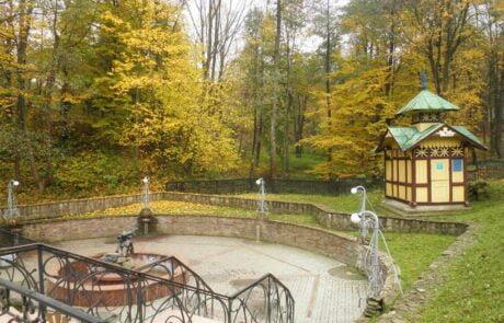 Курортный город Трускавец, старый бювет